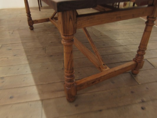 画像2:Walnut Saw Table