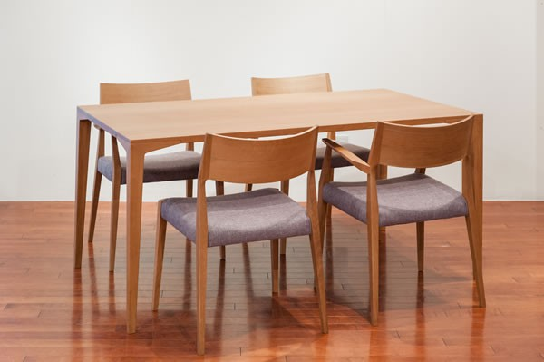 商品画像:SELECT TABLE J type